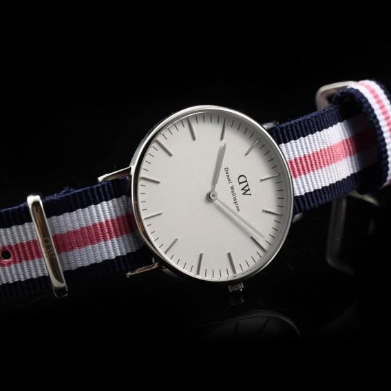 Часы Daniel Wellington DWK35DW