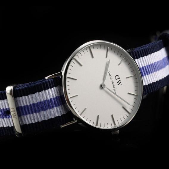 Часы Daniel Wellington DWK09DW