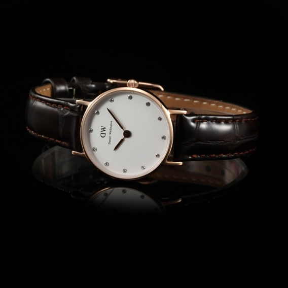 Часы Daniel Wellington DWK42DW