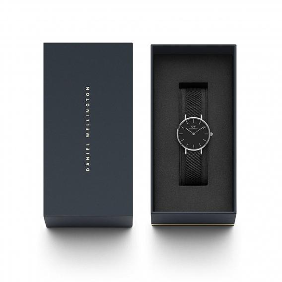 Часы Daniel Wellington DWK90100246