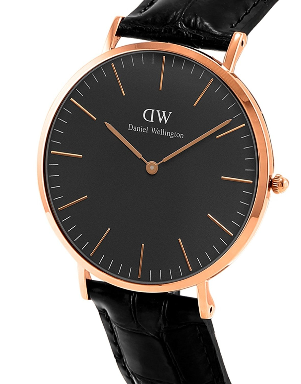 The clean design of the face makes it possible to pair each one with either an elegant leather strap or a colorful and casual nato strap.